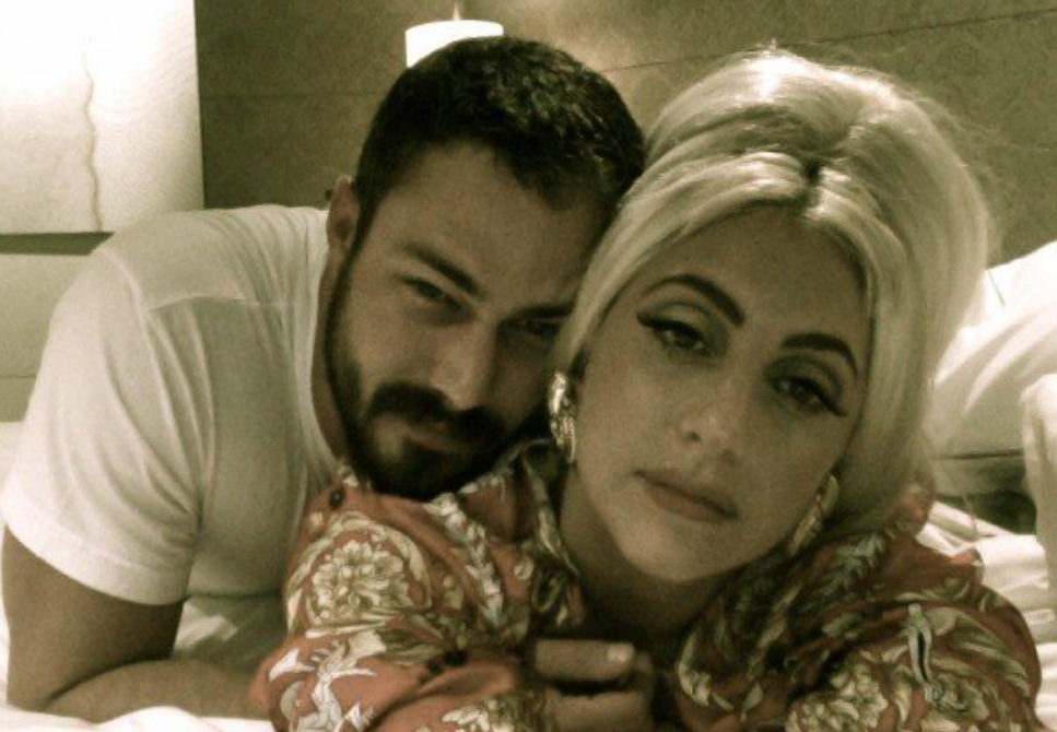 TaylorKinneyLadyGaGaProposed2015Feb