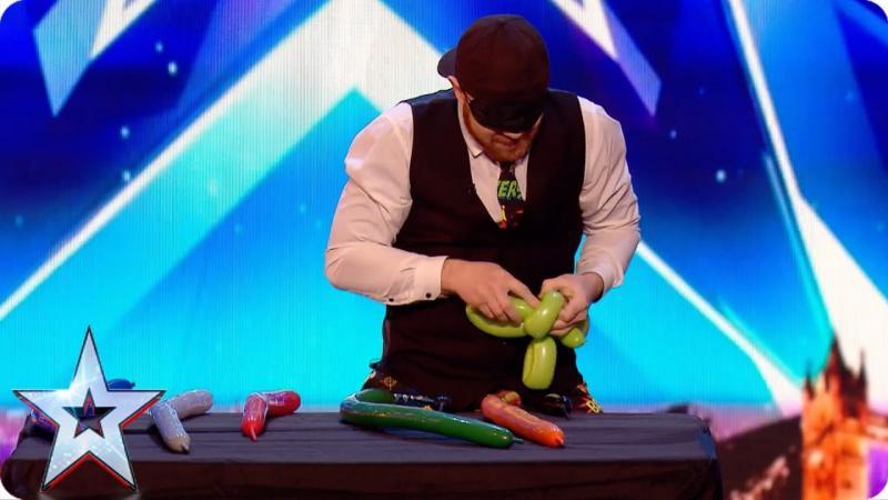 David Walliams forced to apologise to World Record adjudicator on Britain's Got Talent! | Britain's Got Talent 2017 | TwitCelebGossip